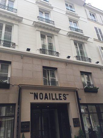 Golden Tulip Opera De Noailles: photo1.jpg