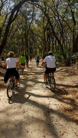 Montage Palmetto Bluff: Bike ride around the property