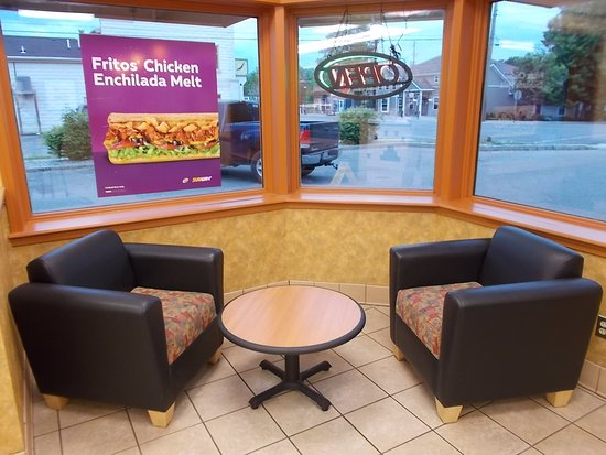 Subway Sandwich Shop, Linden, Michigan. VERY NICE SEAT'G