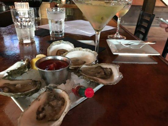 Killington, VT: Oysters...and Martini