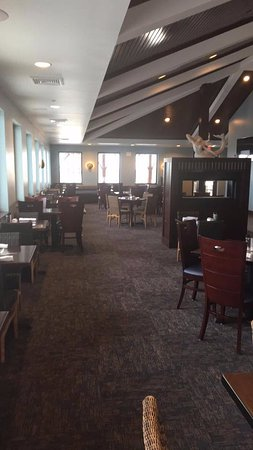 Beach House Bar & Grill: Dinning area w/view over Gulf of Mexico