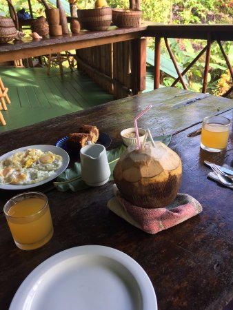 Marigot, Dominica: Breakfast was varied and good...