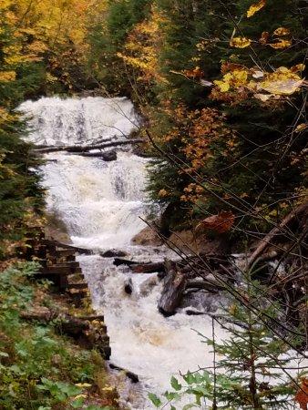 Grand Marais, MI: Sable Falls