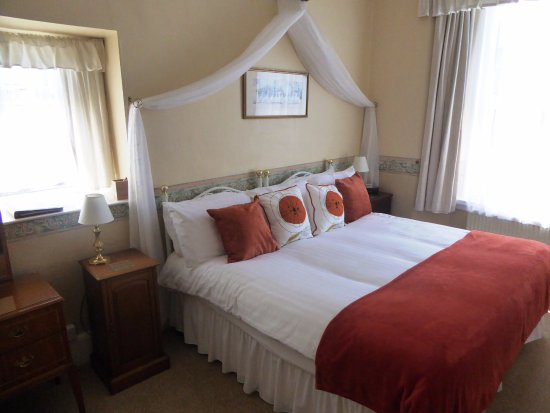 Fleurie House - Superior Double/Twin Room 4