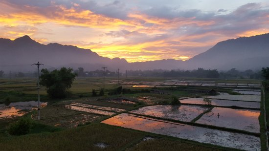 Mai Chau, Vietnam: Sunset view from 3rd floor room balcony