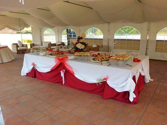 Cereseto, Italy: tensostruttura VIP sulla terrazza: buffet, aperitivi, brunch