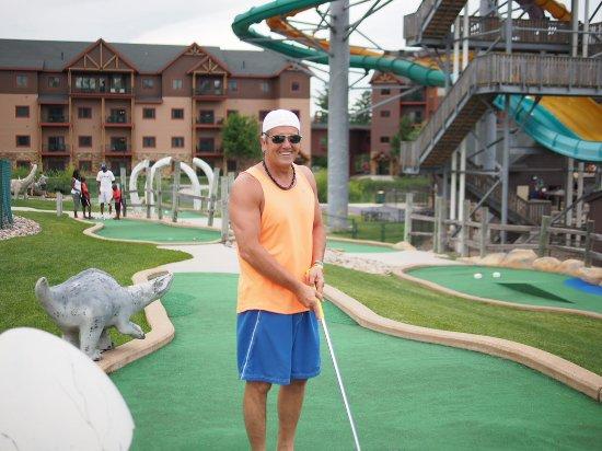Wilderness Resort: Lost world min-golf