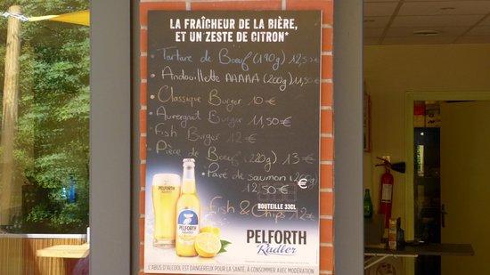 Brioude, Frankrike: LA CARTE