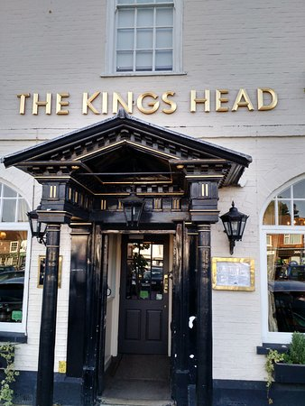 Wickham, UK: Grand Entrance