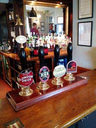 Wickham, UK: Cask Beers and Bar