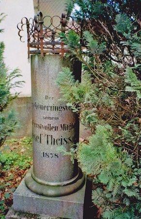 Theissig-Denkmal