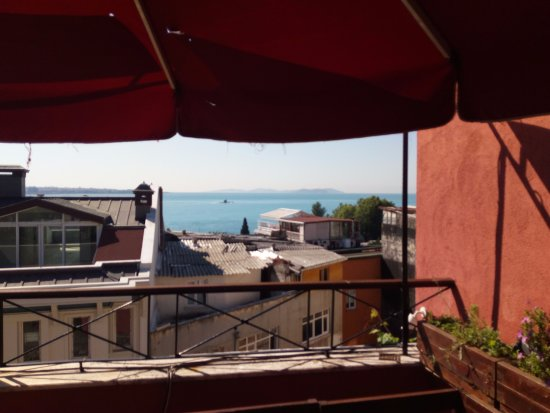 Hotel Sebnem: On the terrace