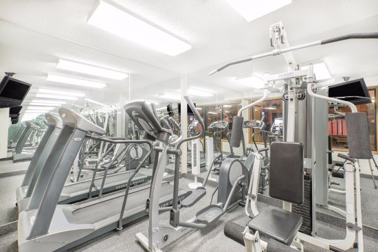 Baymont Inn & Suites Boone: Our work out room