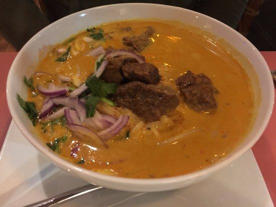 Λέξινγκτον, Μασαχουσέτη: Malay noodle soup