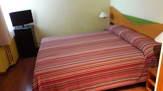 Hotel de l'Isard : habitación
