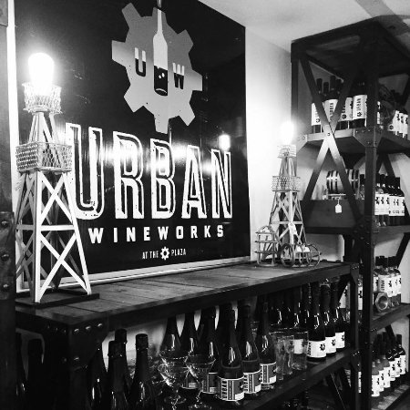 ‪Urban Wineworks‬