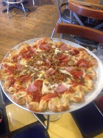 Zion Pizza & Noodle Co Photo