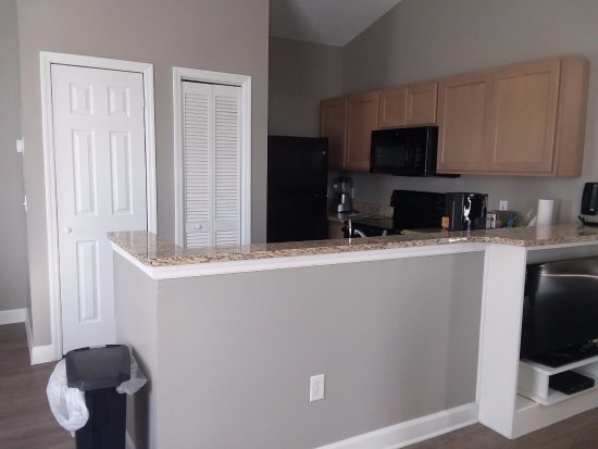 Wyndham Ocean Ridge: Kitchen/Bar Area   Stove, Microwave, Fridge, Dishwasher