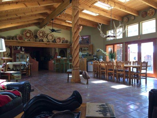 Canon del Rio Retreat & Spa: Common room.
