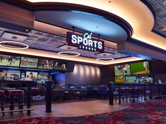 Cal Sports Lounge