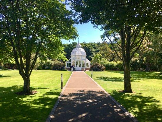 Malahide, Ireland: Vers la serre victorienne