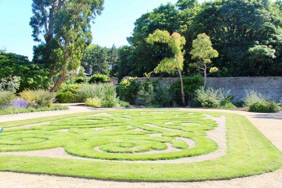 Malahide Castle: dans la jardin clos