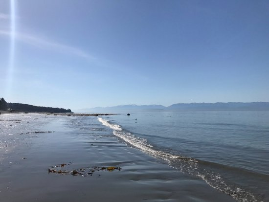 Sooke, Canada: Points West Oceanfront Resort private beach. Photo courtesy of Joe(s) Social Media