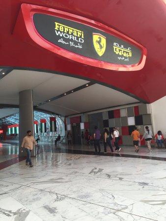 Ferrari World Abu Dhabi : Entrance