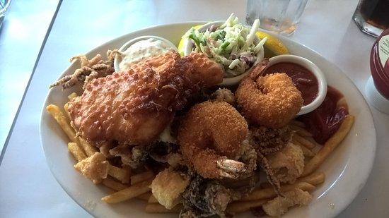 Moss Beach, Californien: Seafood platter!