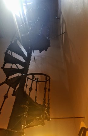 Sulphur Springs, TX: Spiral staircase in Hopkins County Courthouse