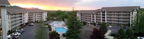Whispering Pines Condominiums 사진
