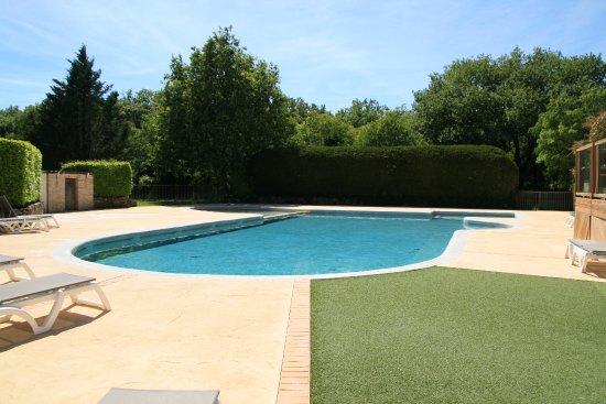 Arpaillargues, Francia: Campsite pool