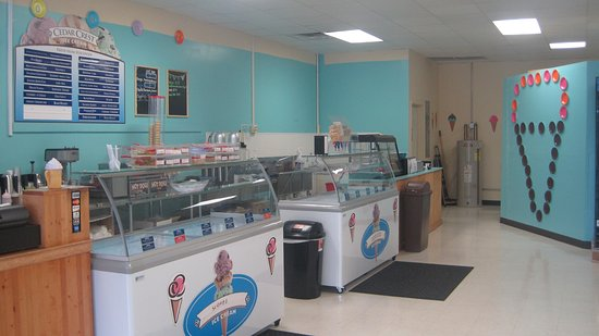 Carbondale, IL: 36 Flavors of hand dipped ice cream