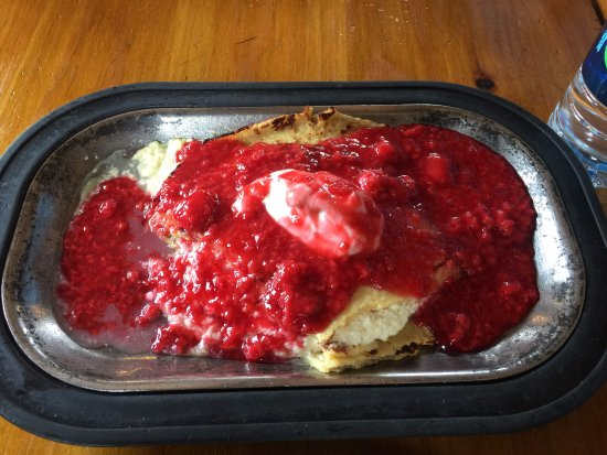 Cerrillos, NM: raspberry blintz