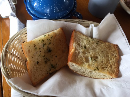 Cerrillos, NM: garlic bread