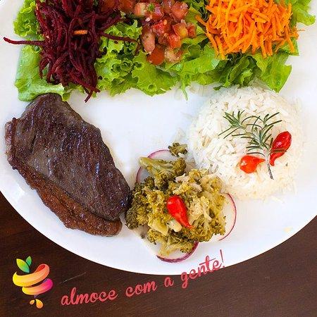 Franca: Picanha exportação com salada orgânica, arroz normal ou integral, feijão e guarnição!
