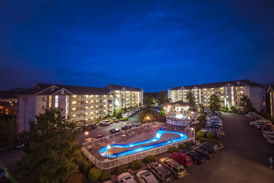 Whispering Pines Condominiums: Overview of Whispering Pines Condos in Pigeon Forge, Tennessee