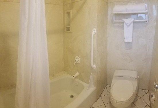 Sedona Motel: IMG-20170623-WA0003_large.jpg