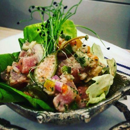 Red Bank, Нью-Джерси: Cerviche Special: Calabrian Sushi Grade Yellowfin Tuna.