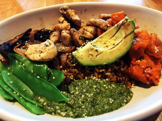 Ancient Grains Bowl at True Food Kitchen in Fairfax, Va. (Wes Albers)