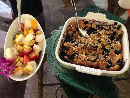 إقامة وإفطار بفندق أوهيا هاوس: breakfast - blueberry & macadamia bread pudding, fresh fruit