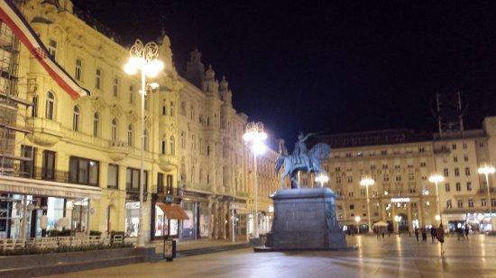 Ban Josip Jelacic Monument: 20170622_004503_large.jpg