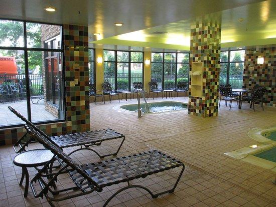 Pool Area Picture Of Hilton Garden Inn Bowling Green Bowling Green Tripadvisor