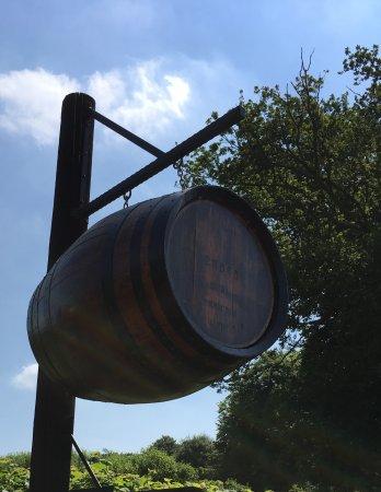 Burley, UK: Cider farm barrel