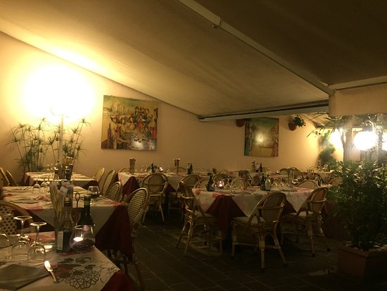 Al Vaticano : Una cena romantica??
