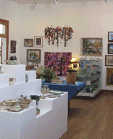 Sautee Nacoochee, GA: Juried Arts Shows in three galleries change every 6 weeks and feature local artists.