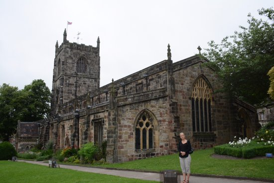 Skipton, UK: There's the Church.