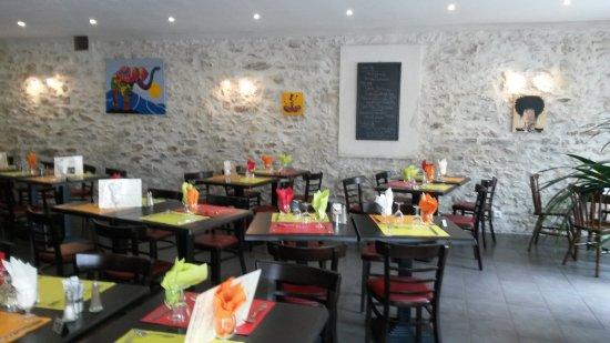 Chanteloup-les-Vignes, France: Rest'au Petit Bonheur
