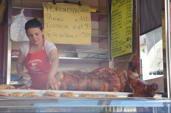 Greve in Chianti, Italy: Whole pig for meat or porchetta, etc