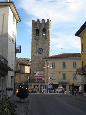 Valfabbrica, Italien: Tower of Valfabrica